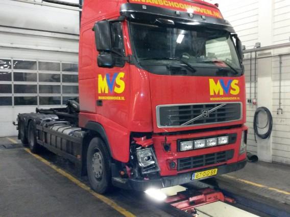 Van Schoonhoven bij A30 truckservice schadeherstel